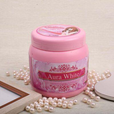 ครีมaura white moisturizing lotion